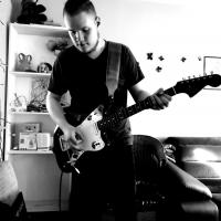Miłosz Zabłocki - gitara prowadząca